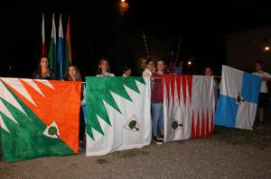 4 bandiere