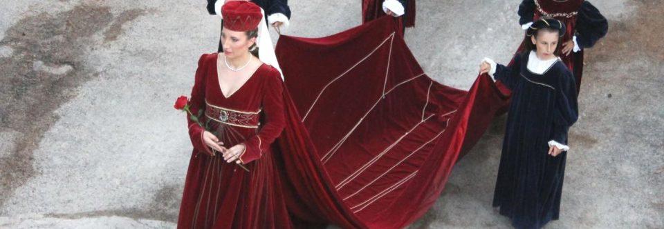 La Giostra dei Rioni rifarà il costume della Dama Castellana di Arquata del Tronto